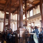 明治時代の銀行にタイムスリップできる「CAFE1894」
