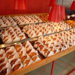 【池袋】3月オープン以来いまだ行列が出来る焼きたてアップルパイの専門店、RINGO(リンゴ)